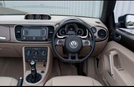 Volkswagen Beetle Cabriolet, interior