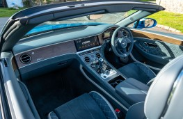 Bentley Bentayga S, 2021, interior
