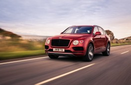 Bentley Bentayga V8, 2018, front