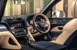 Bentley Bentayga Hybrid, 2021, interior