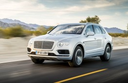 Bentley Bentayga, action front