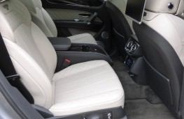 Bentley Bentayga, rear seats