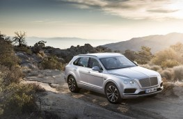 Bentley Bentayga, static scene 3