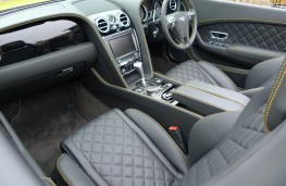 Bentley Continental, front seats