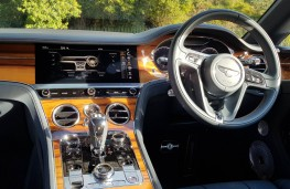 Bentley Continental GT W12, cabin