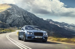 Bently Flying Spur W12S front action
