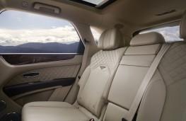 Bentley Bentayga, 2020, rear seats