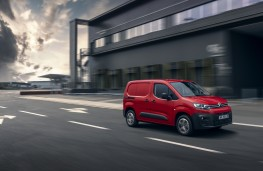 Citroen Berlingo, 2019, side