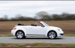 Volkswagen Beetle Cabriolet, side, roof down