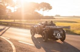 Bentley 'Blower', rear, action