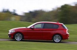 BMW 1 Series, side action 2