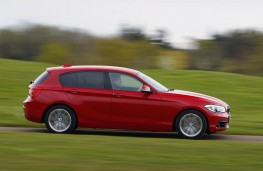 BMW 1 Series, side action