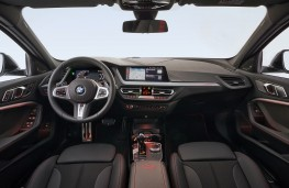 BMW 128ti cockpit