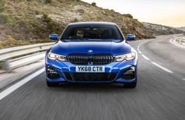 BMW 320d x-Drive 2019 head on