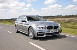 BMW 5-Series Touring, front