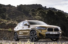 BMW X2, front static
