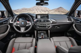 BMW X4-M Competition cockpit