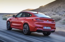 BMW X4-M Competition rear action