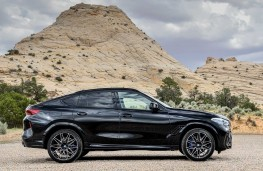 BMW X6 M Competition side