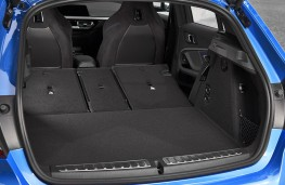 BMW  M135i xDrive boot - seats down
