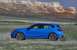 BMW  M135i xDrive side action