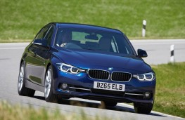 BMW 3 Series, front action