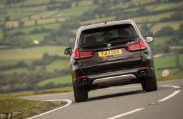 BMW X5, rear