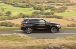 BMW X5, side