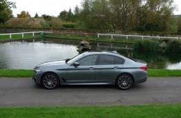 BMW 520d M Sport, side static