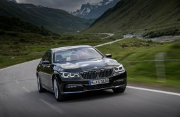 BMW 7 Series, front