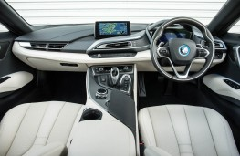 BMW i8, dashboard