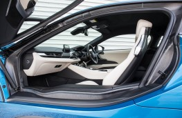 BMW i8, side door open