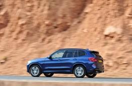 BMW X3, side