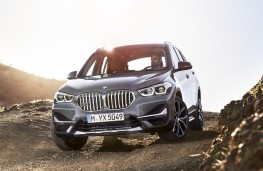 BMW X1 2019 front off road