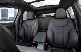 BMW X4, front seats