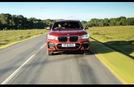BMW X4, full front action