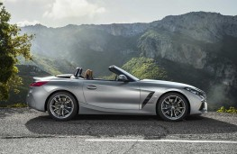 BMW Z4 2019 profile, hood down