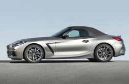 BMW Z4 2019 profile, hood up
