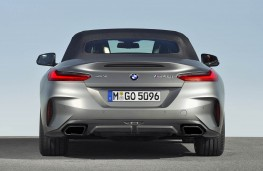 BMW Z4 2019 rear hood up