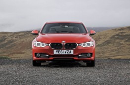 BMW 320d Sport, front