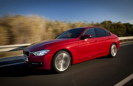 BMW 320d Sport, side, action