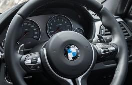 BMW M3, steering wheel