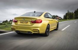 BMW M4, rear