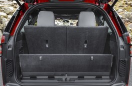 Land Rover Discovery, 2017, boot 7