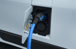 Peugeot e-Boxer, 2021, charging port