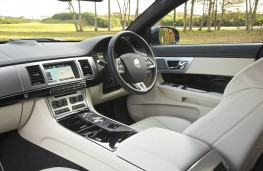 Jaguar XF Sportbrake, interior