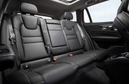 Volvo V60, 2018, rear seats