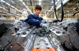 Ford engine production, Bridgend, assembly
