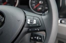 Volkswagen Crafter, 2017, steering wheel controls