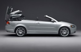 Volvo C70, roof retraction 1